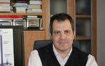El meteorólogo José Miguel Viñas en su despacho