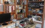 Vista general de la habitación en la que el coleccionista guarda gran parte de los objetos