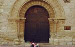 Pórtico de la Iglesia de Olocau del Rey / Gontzal Largo