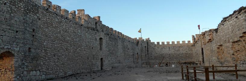 Interior del castillo del Cid, en Jadraque.