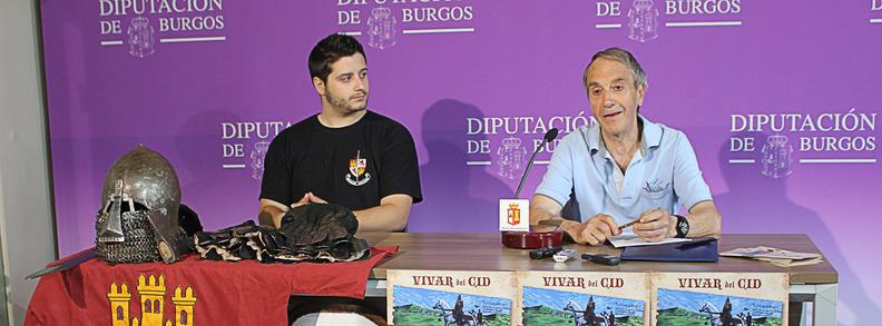 El presidente de la Asociación Vivar Cuna del Cid, Javier Alonso (dcha.) presenta las Jornadas junto a Javier Gallardo, de Bohurt Castilla