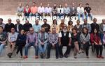 """Foto de grupo de los asistentes al I Foro """"Vivir en un paraíso sostenible... reciclando"""". Imagen de Javier Pérez Andrés"""