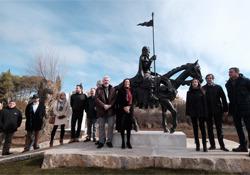 Un momento de la inauguración de la estatua del Cid en Caleruega (Burgos)
