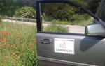 Vehículo de mantenimiento de la señalización del Camino del Cid. Los trabajos han durado seis meses